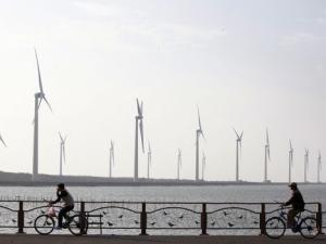 Erimielisyys energiayhtiön myynnistä investointipankki Goldman Sachsille hajoitti Tanskan hallituksen.