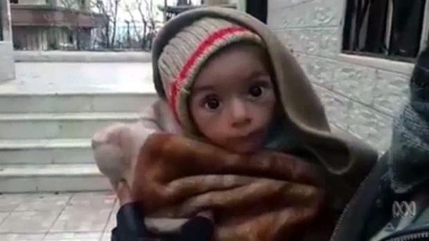 Kansainvälistä apua voidaan suunnata esimerkiksi Syyrian lapsille, eikä raavaille irakilaisille miehille.